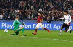 Champeon league 2015/16: AS Rom - Bayer Leverkusen 3:2 - Nach nur 101 Sekunden schloss Mohamed Salah einen Konter für die Römer zum 1:0...