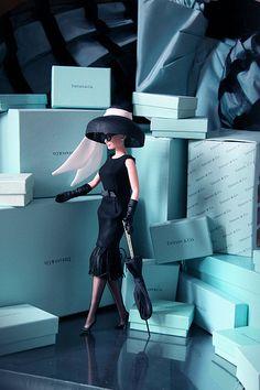 Audrey Hepburn Barbie, Breakfast at Tiffany's. big hat and umbrella