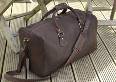 Brown Leather Holdall Style 825
