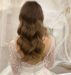 "EP Makeup & Hair Lake Como on Instagram: ""Hollywood waves Using @ghdhair and @schwarzkopfpro #lakecomowedding #lakecomobrides #lakecomomakeupartist #lakecomohairstylist…"" Bridal Makeup, Wedding Makeup, Lake Como Wedding, Hollywood Waves, Hair Designs, Luxury Wedding, Milan, Wedding Hairstyles, Long Hair Styles"