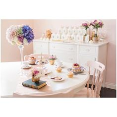"""awesome vancouver wedding Tea Shop Collaboration • """"cozy classics"""" As featured in @realweddings Photo courtesy: @sparrow_photography #hightea #styled #shoot #collaboration #realweddings #tea #teacups #timeless #vintage #rustic #classic #bright #warm #clean #sweets #pastries #freshflower #arrangements #lavender #peach #wedding #weddingbouquet #yvr #vancity #vancouver #madewithlove by @with.love.vancouver  #vancouverwedding #vancouverwedding"""