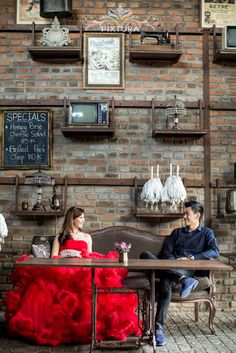 Vintage theme #prewedding photo | Bali Cafes Pre Wedding Shoot at Bistrot Cafe and Motel Mexicola by Bali Pixtura | www.OneThreeOneFour.com