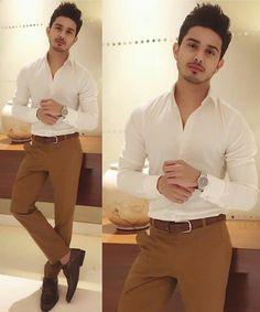 The Ultimate Suit Color Combination Guide For Men - grhaku Formal Dresses For Men, Formal Men Outfit, Semi Formal Outfits, Formal Shirts For Men, Indian Men Fashion, Mens Fashion Wear, Traje Casual, Mens Kurta Designs, Wedding Dress Men