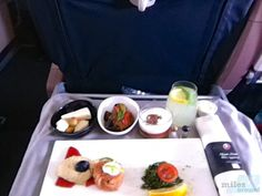 Business Class Vorspeise - Turkish Airlines - Check more at https://www.miles-around.de/trip-reports/business-class/turkish-airlines-airbus-a320-200-business-class-istanbul-nach-leipzig/,  #A320-200 #Airbus #avgeek #Aviation #BusinessClass #CIPLoungeIstanbul #Flughafen #IST #LEJ #Lounge #Trip-Report #TurkishAirlines