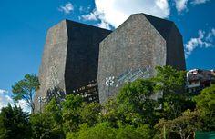Parque Biblioteca Espana   iGNANT.de