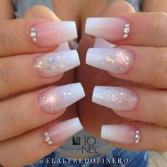 Amazing Nail Art Made Using Tones Products - Glitzernägel - Nageldesign Cute Acrylic Nail Designs, Cute Acrylic Nails, Cute Nails, Pretty Nails, Acrylic Gel, Acrylic Nails With Design, Sparkly Nail Designs, Fancy Nails Designs, Ombre Nail Designs