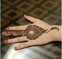 Guys Today I'm sharing a Beautiful collection Henna Mehndi designs for hands Images for your inspiration. These Coloring hands, Mehndi is a popular practice in Modern Mehndi Designs, Mehndi Designs For Girls, Mehndi Design Images, Beautiful Henna Designs, Beautiful Mehndi, Bridal Mehndi Designs, Mehandi Designs, Hena Designs, Rangoli Designs