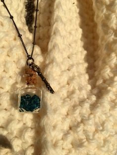 Bronze Key and Teal Swarovski Crystal Bead by CrystalsAndTea Crystal Bead Necklace, Swarovski Crystal Beads, Beaded Necklace, Arrow Necklace, Teal, Bronze, Gifts, Jewelry, Jewellery Making