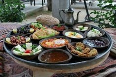 Turkish breakfast Turkish Breakfast, Breakfast Dishes, Breakfast Time, Brunch, Food Substitutions, Middle Eastern Recipes, Turkish Recipes, Mediterranean Recipes, International Recipes