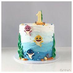 Shark Birthday Cakes, 1st Birthday Cake Topper, Baby Boy 1st Birthday Party, Birthday Ideas, Shark Cake, First Birthdays, Baby Shark, Dessert Ideas, Shark Party