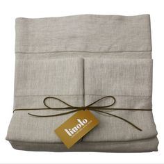 Linoto Linen sheet set in Natural Oatmeal (fitted, flat, and 2 pillowcases) :: full size, $300