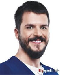 """Mehmet Günsür Kimdir Biyografisi """"Mehmet Günsür Kimdir Biyografisi"""" http://www.myturknet.com/2018/01/mehmet-gunsur-kimdir-biyografisi.html#5466542060710751905"""