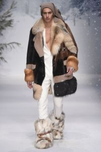 MOSCHINO 2015-16 FW LONDON MENS COLLECTION 025