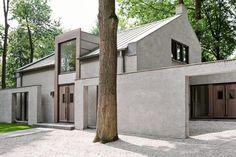 Architecture Classique, Architecture Résidentielle, Classic Architecture, Modern Residential Architecture, Japanese Architecture, Sustainable Architecture, Modern Barn, Modern Farmhouse, Exterior Design