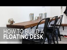 Are you wanted to build a wall mounted desk? Here is a DIY tutorial on how to build a floating desk plus the process is easy! Floating Wall Desk, Floating Table, Floating Shelves, Countertop Desk, Wall Mounted Table, Build A Wall, Desk Shelves, Bookshelves, Desk Plans