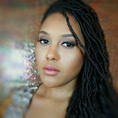 "Regram  from @paintedbypayne  makeup of the day  EYES: #morphebrushes single shawdow ""13"" #modelrocklashes ""goddess"" from #madamemadelinelashes liner #motivescosmetics HAIR: goddess locs by @glam_twists"