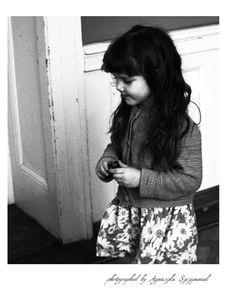 photo a little beautiful girl