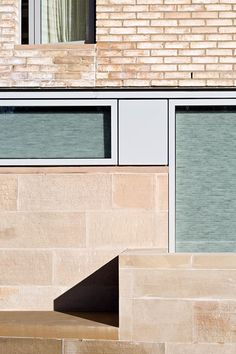 Image 14 of 37 from gallery of West Burn Lane / Sutherland Hussey Harris. Photograph by Keith Hunter, David Weir Brick Architecture, Architecture Office, Townhouse Apartments, Minimal Photography, Store Windows, Brick And Stone, Brickwork, Burns, Minimalism