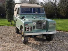 Newly Restored Series 2A swb. Mint condition. 1967 For Sale