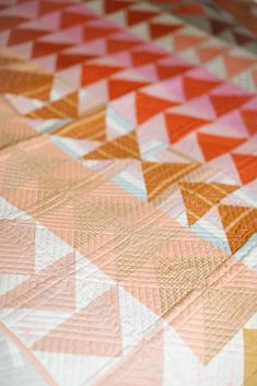 Finished Warp & Weft Jawbreaker Quilt – Then Came June Quilting Tutorials, Quilting Designs, Flying Geese Quilt, Straight Line Quilting, Colorful Quilts, Color Depth, Kona Cotton, Quilt Top, Machine Quilting