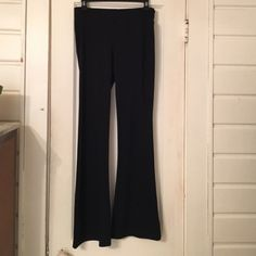 Max studio pant Pull on slim fit . Slight flare at bottom . Had stretch for a great fit !  A great staple for your closet ! Like new ! Max Studio Pants Boot Cut & Flare