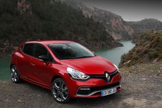 Renault Clio - red passion