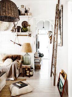 The QLD home of stylist Kara Rosenlund