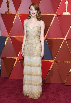 Emma Stone sur le tapis rouge des Oscars 2017