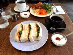 自家焙煎コーヒーと軽食、焼き菓子のお店コーヒー ハット (coffee HUT)