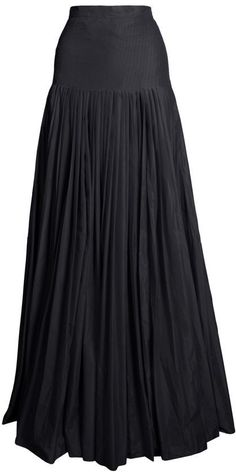 plain black parachute skirt <3
