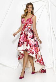 Cabotine From Fab Frocks Lovely Dresses, Vintage Dresses, Evening Dresses, Summer Dresses, Formal Dresses, Groom Outfit, Ruched Dress, Cotton Dresses, Dress Patterns