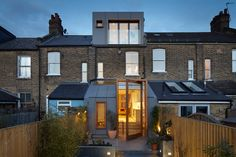Alma-nac adds skylights to Landells Road house extension - Architecture Victorian Terrace House, Victorian Homes, Architecture Design, London Architecture, Roof Extension, Extension Ideas, Dormer Windows, Pivot Doors, Porche