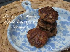 Paleo Maple Apple Chicken Breakfast Sausages Breakfast Sausages are really easy to make and so much healthier than store-bought versions. The flavor … oh my, they're so incredibly delicious, better than any sausages I've had in restaurants. Breakfast Sausage Seasoning, Homemade Breakfast Sausage, Breakfast Sausages, Chicken Breakfast, Apple Breakfast, Free Breakfast, Breakfast Recipes, Brunch Recipes, Breakfast Ideas