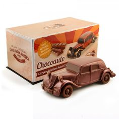 #Chocolate #car #Citroën Traction Avant 15cv #angelinachocolate