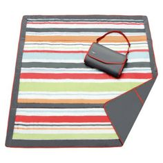 This JJ Cole outdoor blanket is ideal for any surface with its water-resistant fabric. Babies R Us, Baby Kids, Beach Blanket, Picnic Blanket, Outdoor Blanket, Outdoor Baby, Picnic Mat, Outdoor Camping, Indoor Outdoor
