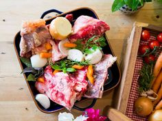Coombe Farms delivers grass-fed organic beef, pork, chicken and lamb directly from the farm. Free delivery throughout the U.K. If you can't decide what to order, try a Meat Box designed with different occasions in mind. The Steak Taster Box, Slow Cooking Box, BBQ Essentials Box - you get the idea.