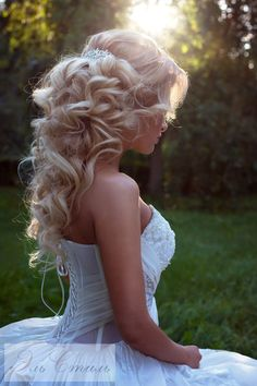 Half up half down hairstyles for blond hair