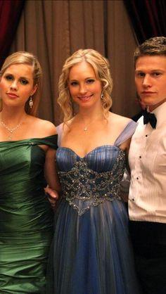 Caroline Forbes hair -The Vampire Diaries- Candice Accola x prom hair