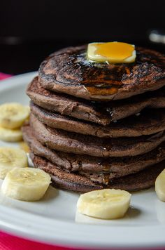 Chocolate + Banana Buckwheat Pancakes // soletshangout.com #glutenfree #pancakes #banana #chocolate #breakfast
