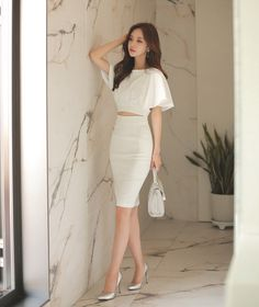 Stylish Work Outfits, Classy Outfits, Pretty Outfits, Pretty Dresses, Stylish Outfits, Korean Girl Fashion, Korean Fashion Trends, Korean Street Fashion, Elegant Outfit