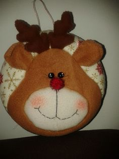 Christmas Sewing, Felt Christmas, Christmas Balls, Christmas Crafts, Christmas Decorations, Christmas Ornaments, Holiday Decor, Christmas Ideas, Felt Crafts