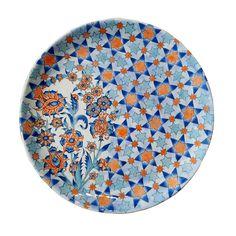 KOMEK PAZARI | Konya Meslek Edindirme Kursları | Konya Büyükşehir Belediyesi Turkish Art, Turkish Tiles, Arabesque, Ceramic Design, Ceramic Painting, Tile Art, Ceramic Plates, Geometric Designs, Islamic Art
