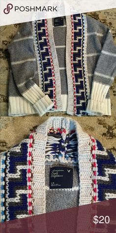 American Eagle cardigan Very cute cardigan! Great with skinny jeans and boots! Love this sweater just don't wear it anymore American Eagle Outfitters Sweaters Cardigans