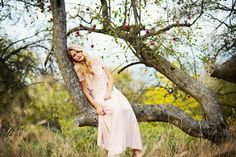 Emily Moelker Photography | Fairytale Photoshoot | Women Portraits | Photography Inspiration | Beyond the Wanderlust