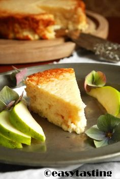 Ricecake with fresh pears - Mmmmmmmh steht für Milchreiskuchen! Super lecker und so einfach zu machen. Unser Liebling aus unseren Backrezepten ohne Mehl. Am besten passen Fruchtkompott oder auch frisch geschnibbelte Früchte dazu.