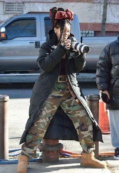 11-22-16 - Rihanna on set of 'Ocean's 8' in NYC
