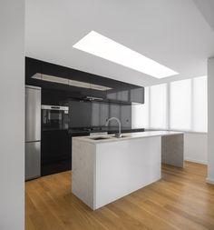 Galería de Casa Costa / João Tiago Aguiar Arquitectos - 14