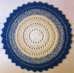 Mandala Rug By Marinke Slump - Free Crochet Pattern - (ravelry)