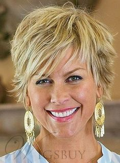 Surprising Tricks: Wedge Hairstyles Short women hairstyles over 50 pixie cuts.Women Hairstyles Over 50 Style asymmetrical hairstyles updo. Haircuts For Fine Hair, Cute Hairstyles For Short Hair, Pixie Hairstyles, Short Hairstyles For Women, Pixie Haircuts, Hairstyles 2018, Trendy Hairstyles, Wedding Hairstyles, Over 60 Hairstyles