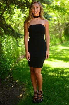 You're going to feel gorgeous in this stunning dress! It's so unique and fun, it will be perfect for any special occasion! It has a body con fit with a zipper up the back and a choker attached.Pair wi